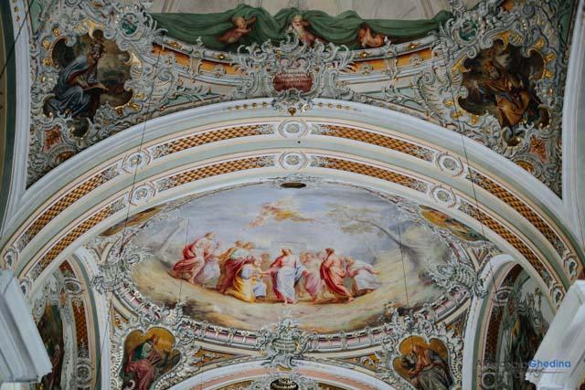 dettaglio delle decorazioni della chiesa di St Peter per il matrimonio