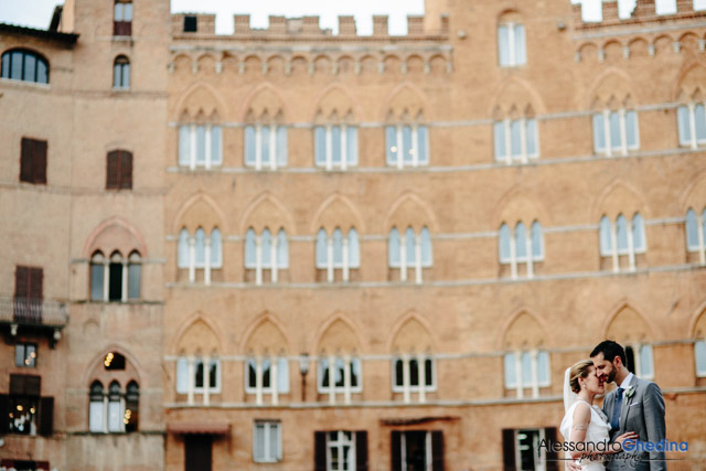 WEDDING PHOTOGRAPHER IN SIENA | Destination Wedding Photography in Tuscany