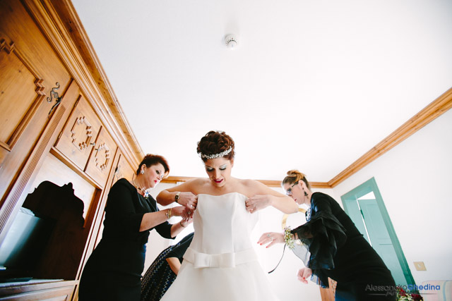 bride getting ready in the dolomites wedding