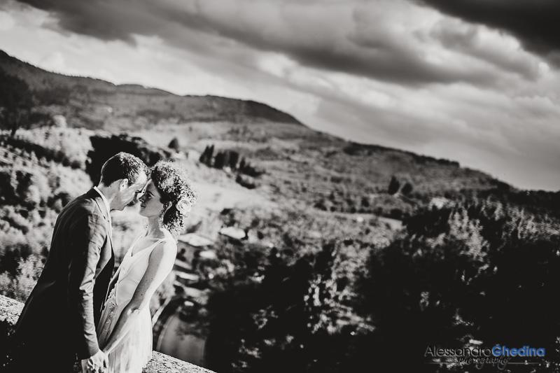 romantic and intimate wedding in Montegonzi arezzo