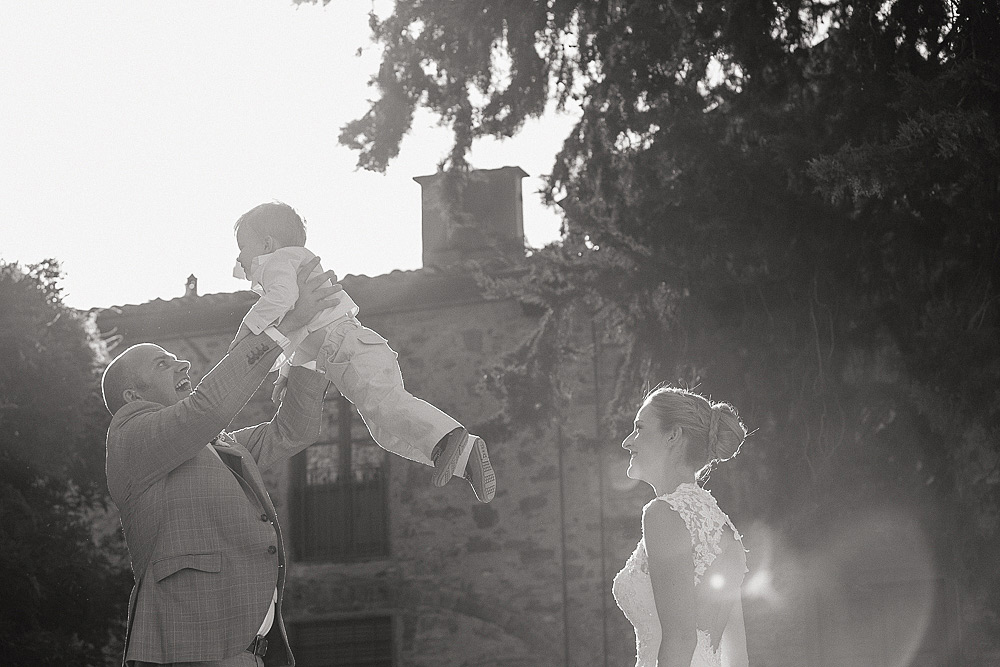Tuscany countriside wedding photographer