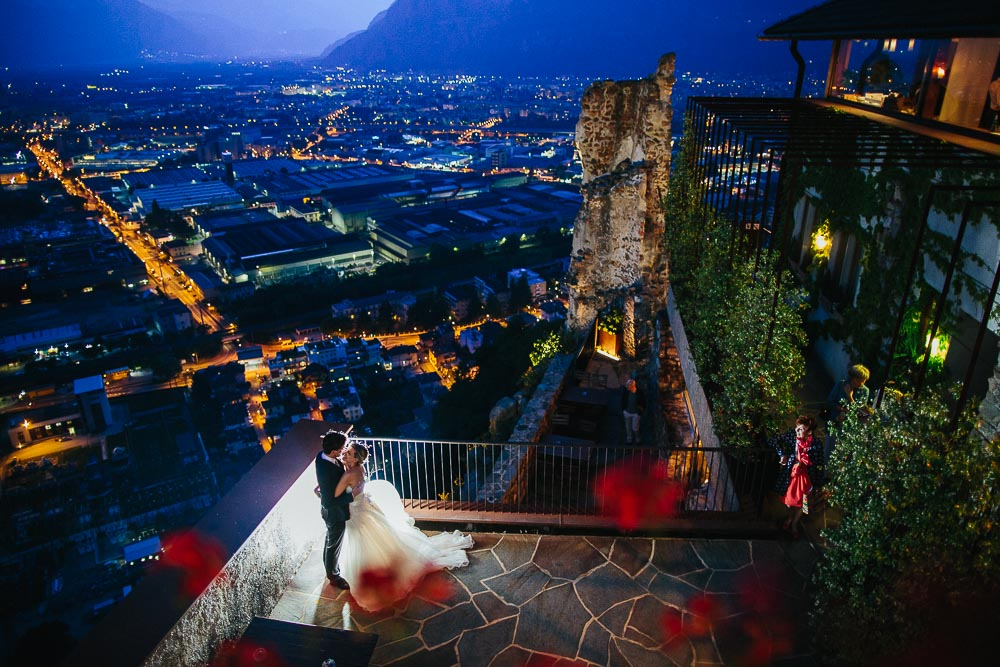 BOLZANO WEDDING PHOTOGRAPHER | Creative Wedding Photography in Castel Flavon