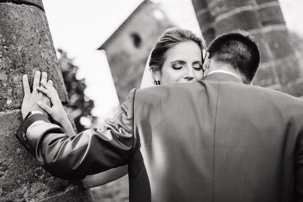 DESTINATION WEDDING PHOTOGRAPHER CASTELLO DI TAVOLESE TUSCANY