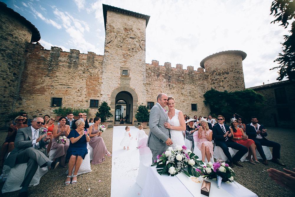 CASTELLO DI GABBIANO MATRIMONIO IN VAL DI PESA