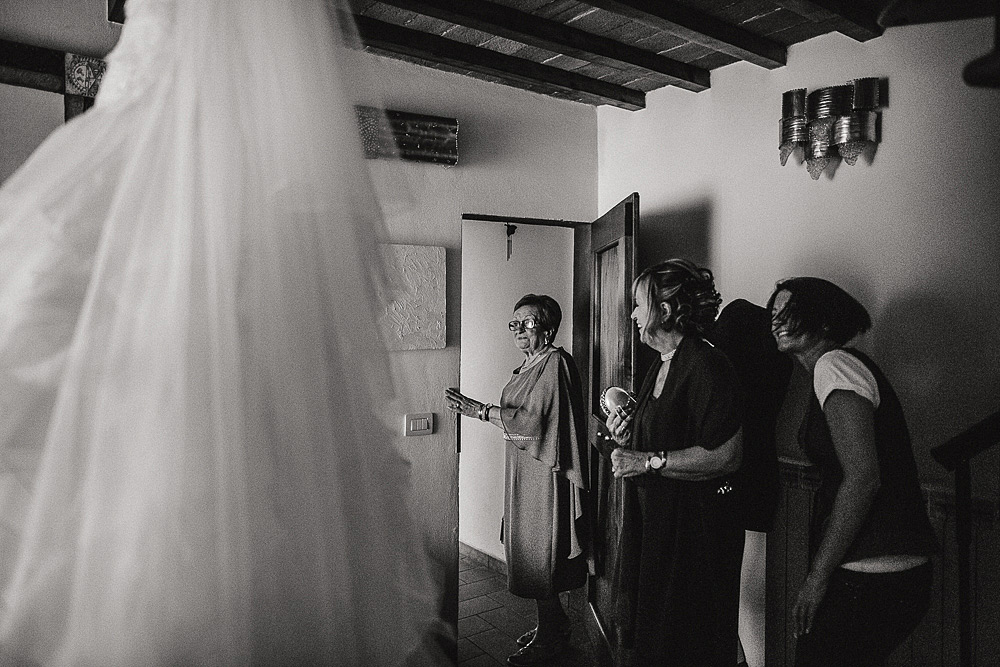 WEDDING PHOTO REPORTAGE FLORENCE VILLA BARDINI