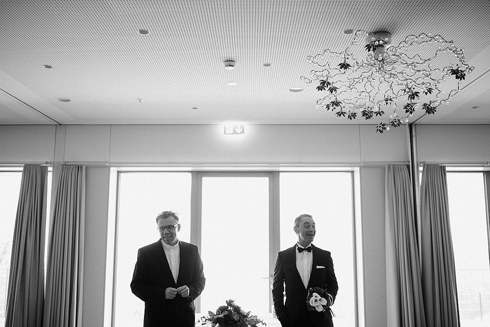 LUCERNE ROMANTIC WEDDING ON THE SNOW IN SWITZERLAND