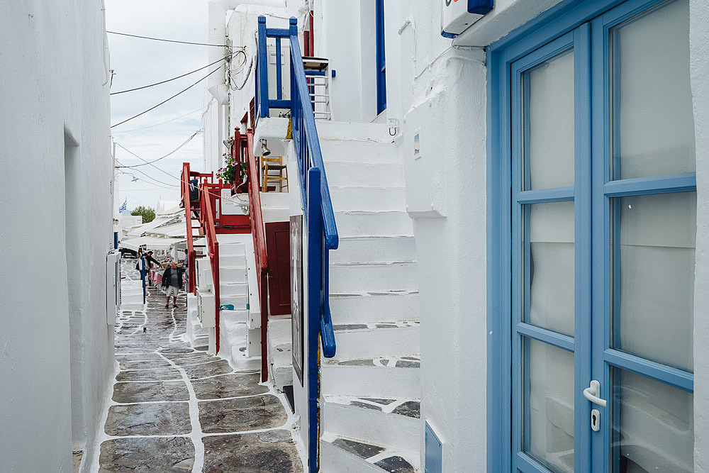 COUPLE PORTRAIT MYKONOS GREECE ALEXANDROS & LIANA