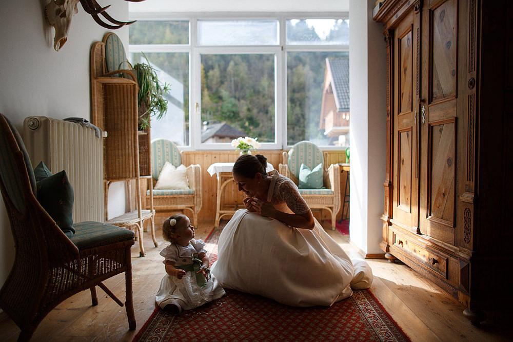 RIFUGIO FANES A WEDDING IN A LOCATION ENCHANTED