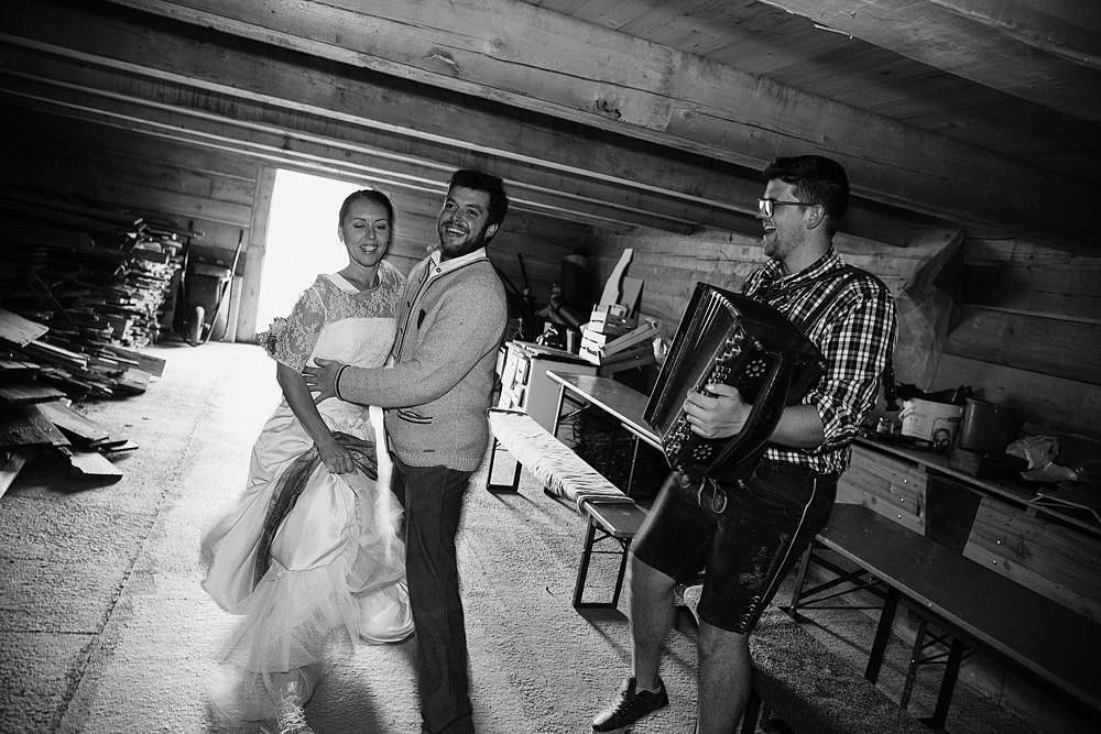 RIFUGIO FANES MATRIMONIO IN UNA LOCATION INCANTATA