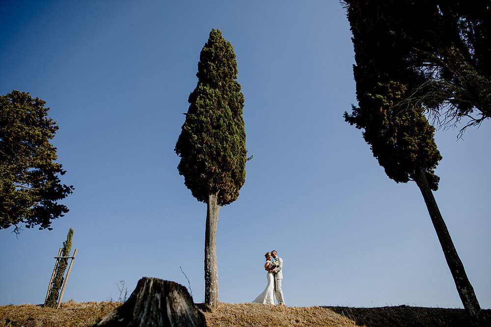 Romantic and Rustic Wedding Chic in Chianti Tuscany :: Luxury wedding photography - 29