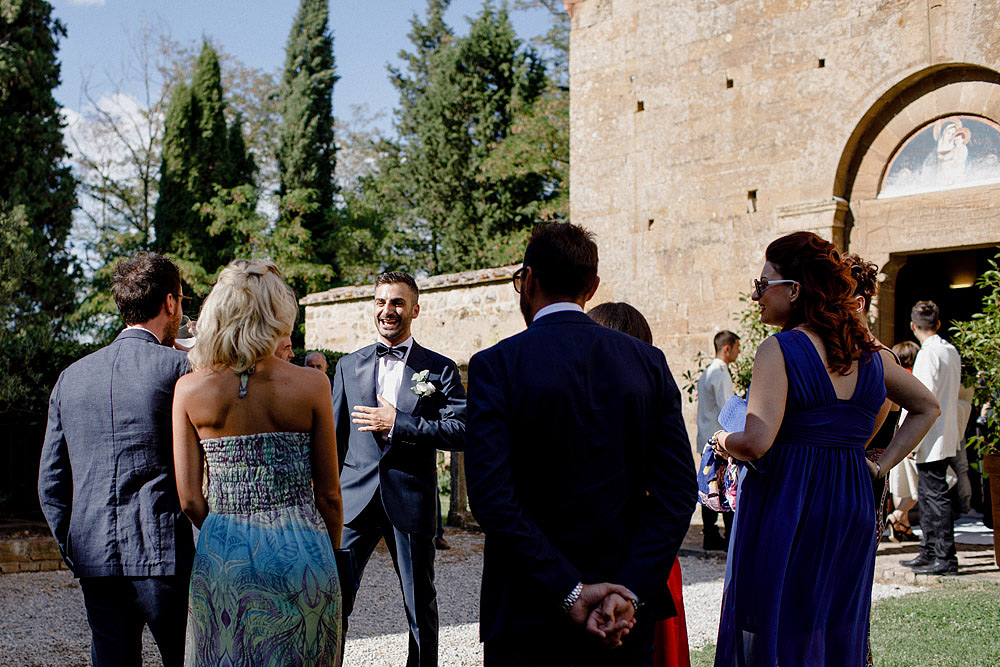 Wedding in Val d'Orcia in a romantic Tuscan village :: Luxury wedding photography - 19