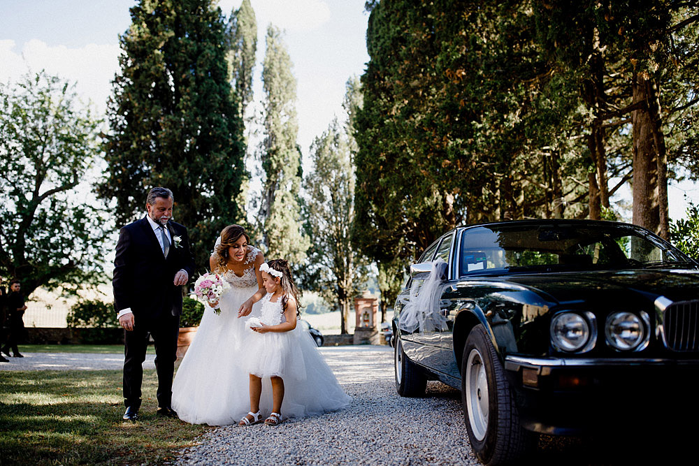Wedding in Val d'Orcia in a romantic Tuscan village :: Luxury wedding photography - 22