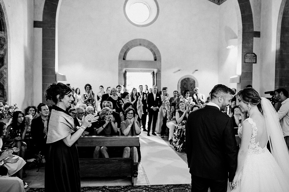 Wedding in Val d'Orcia in a romantic Tuscan village :: Luxury wedding photography - 30