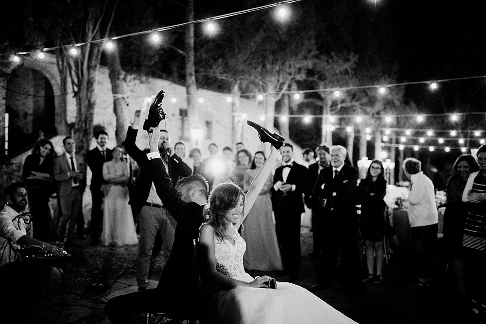 Wedding in Val d'Orcia in a romantic Tuscan village :: Luxury wedding photography - 54