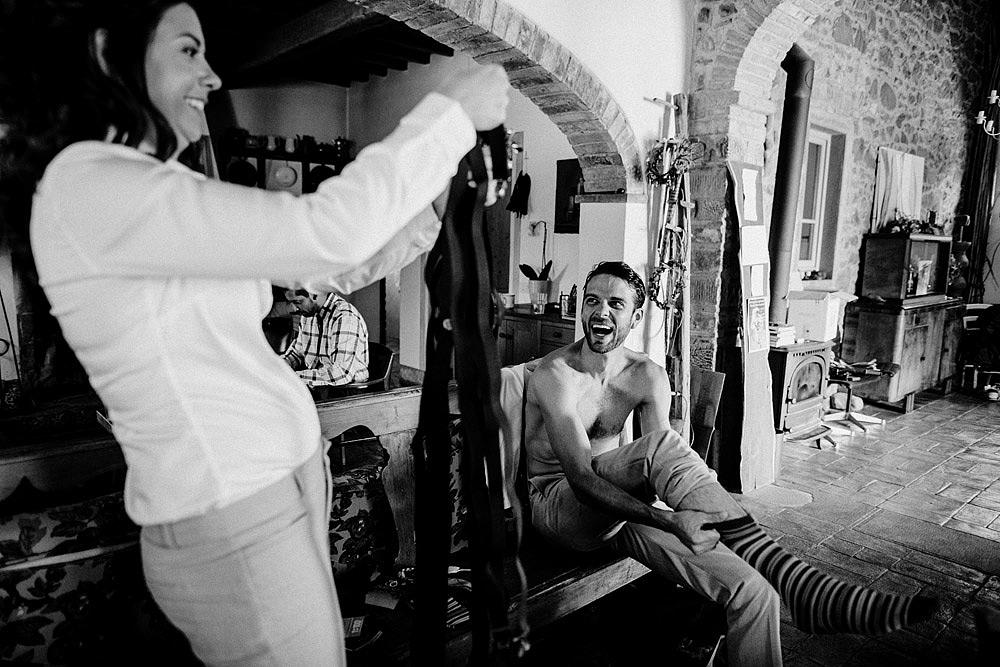 MONTEGONZI WEDDING IN A BEAUTIFUL VILLA IN TUSCANY :: Luxury wedding photography - 7