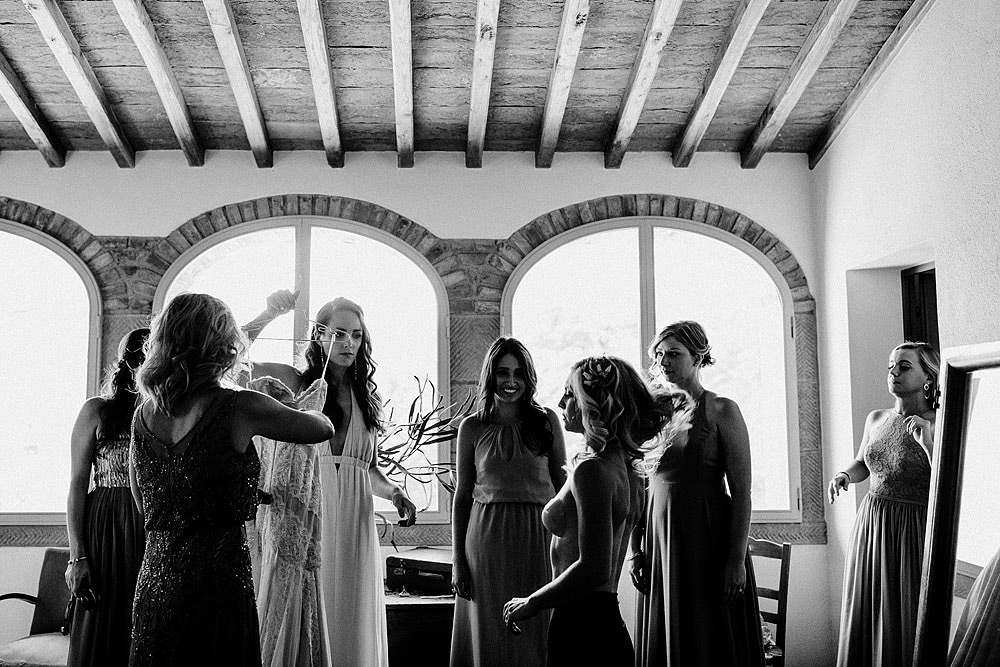 MONTEGONZI WEDDING IN A BEAUTIFUL VILLA IN TUSCANY :: Luxury wedding photography - 16