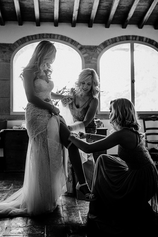 MONTEGONZI WEDDING IN A BEAUTIFUL VILLA IN TUSCANY :: Luxury wedding photography - 20
