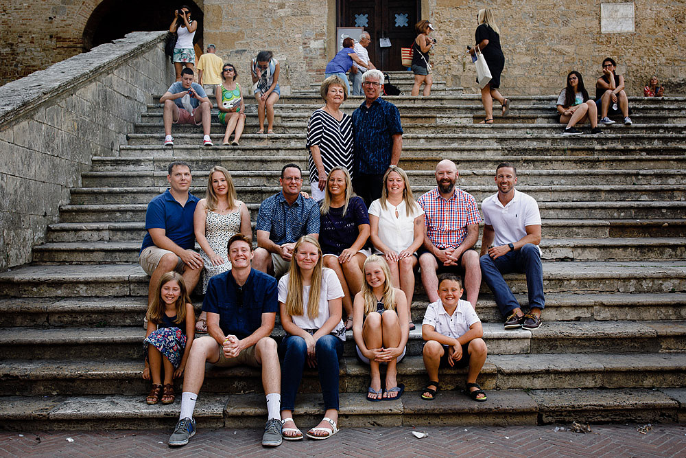 SAN GIMIGNANO FAMILY PORTRAIT IN TUSCANY :: SAN GIMIGNANO FAMILY PORTRAIT IN TUSCANY :: Luxury wedding photography - 0 :: SAN GIMIGNANO FAMILY PORTRAIT IN TUSCANY