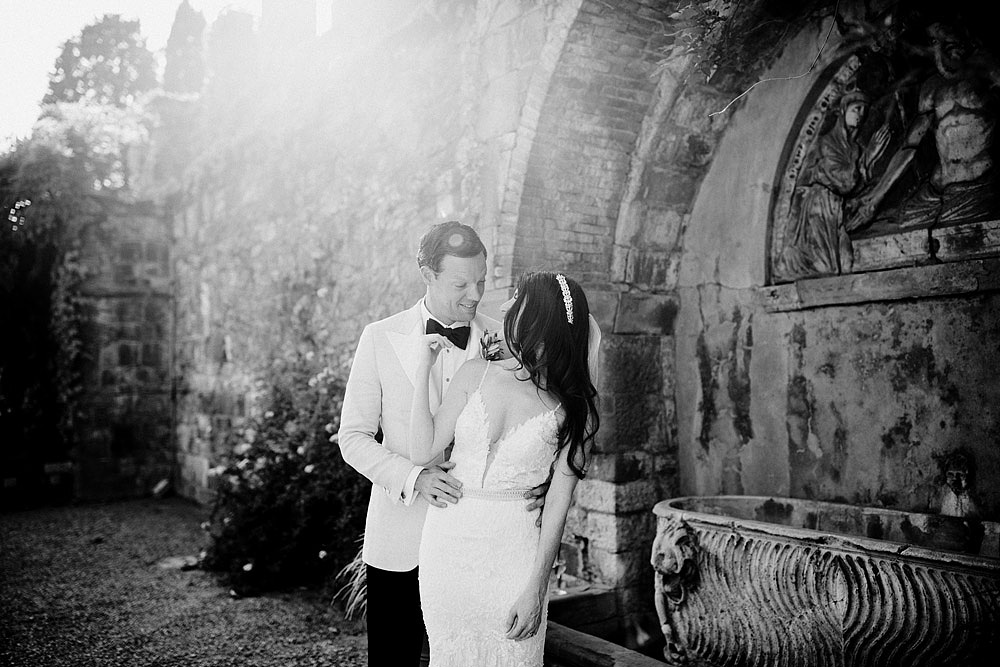 ART AND NATURE FOR A WEDDING AT CASTELLO VINCIGLIATA :: Luxury wedding photography - 19