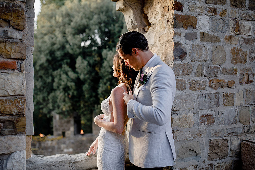 ART AND NATURE FOR A WEDDING AT CASTELLO VINCIGLIATA :: Luxury wedding photography - 43