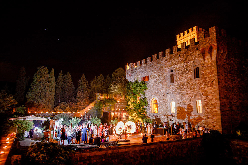 ART AND NATURE FOR A WEDDING AT CASTELLO VINCIGLIATA :: Luxury wedding photography - 50