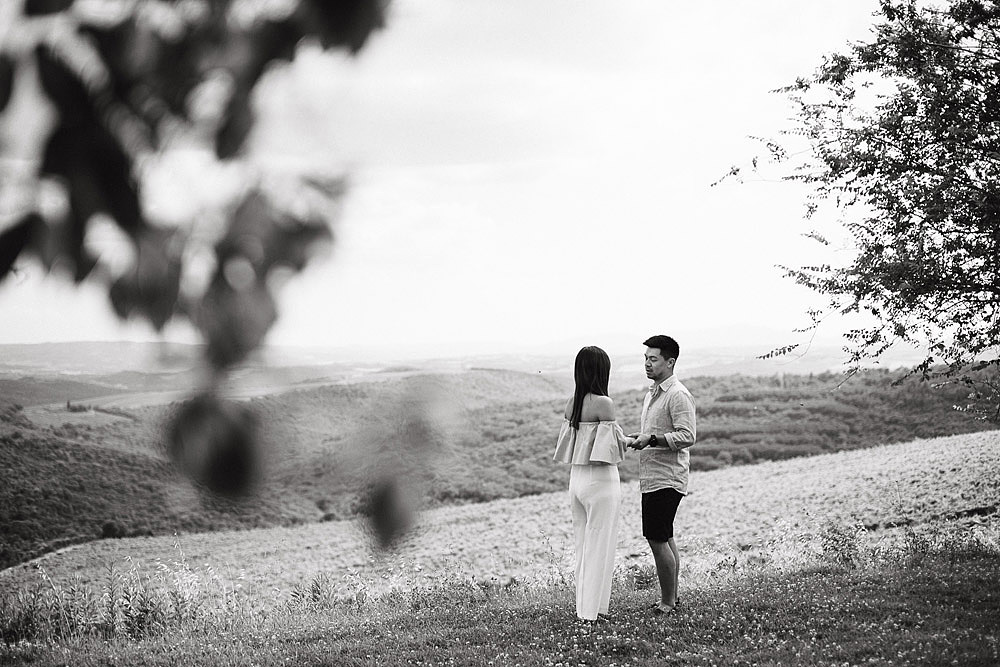 CASTIGLION DEL BOSCO SUGGESTIVE WEDDING PROPOSAL