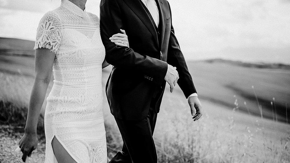 Destination wedding in Val d'Orcia by Borgo Castelvecchio :: Luxury wedding photography - 15