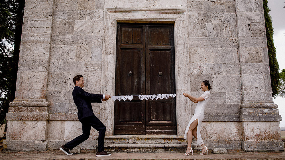 Destination wedding in Val d'Orcia by Borgo Castelvecchio :: Luxury wedding photography - 18