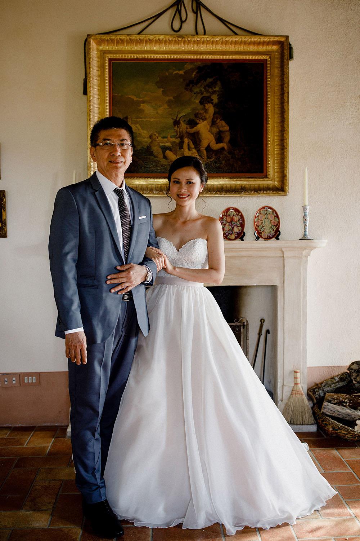 Destination wedding in Val d'Orcia by Borgo Castelvecchio :: Luxury wedding photography - 37