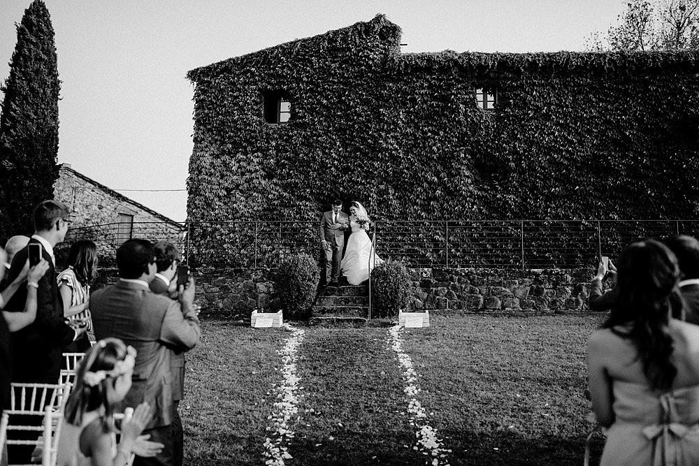 Destination wedding in Val d'Orcia by Borgo Castelvecchio :: Luxury wedding photography - 44