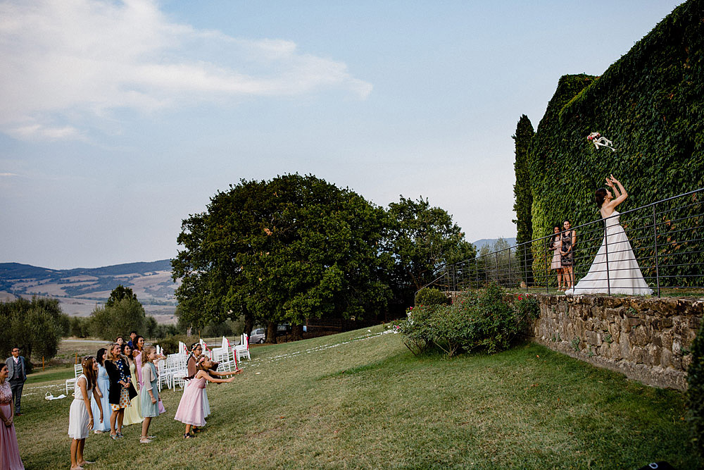 BORGO CASTELVECCHIO DESTINATION WEDDING IN VAL D'ORCIA :: Luxury wedding photography - 58