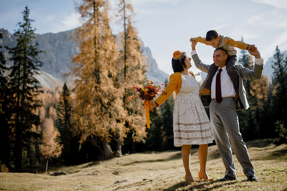 Matrimonio in Autunno Rustico e Vintage al Passo Giau :: Luxury wedding photography - 11