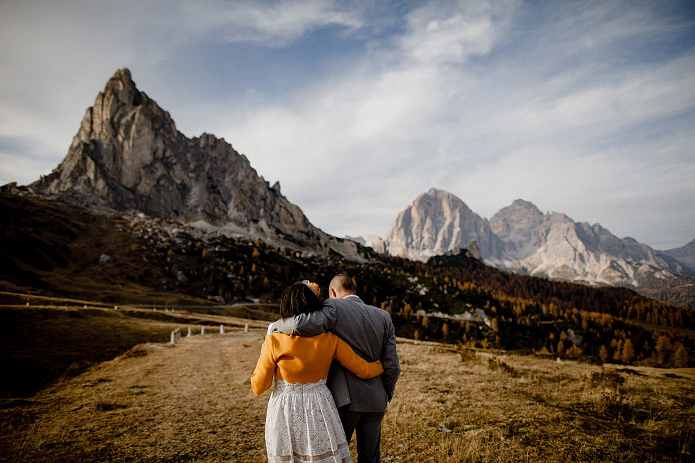 Matrimonio in Autunno Rustico e Vintage al Passo Giau :: Luxury wedding photography - 22