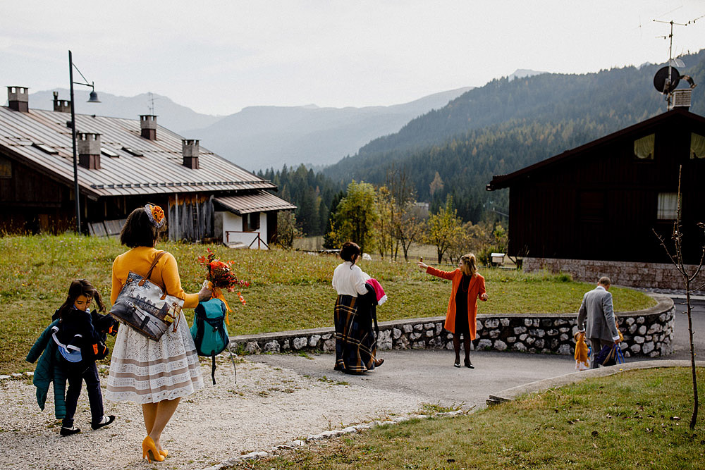 Wedding in Autumn Rustic and Vintage at Passo Giau :: Luxury wedding photography - 8