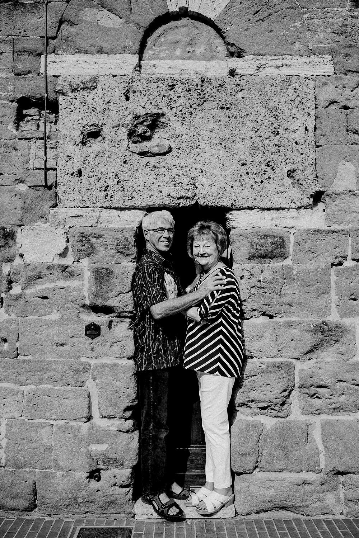 SAN GIMIGNANO RITRATTO DI FAMIGLIA IN TOSCANA :: Luxury wedding photography - 2
