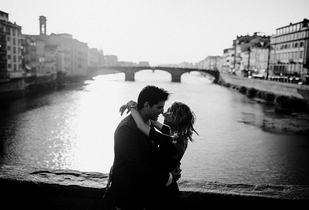VILLA BARDINI RITRATTO DI COPPIA A FIRENZE CITTA' DELL'AMORE :: Luxury wedding photography - 14