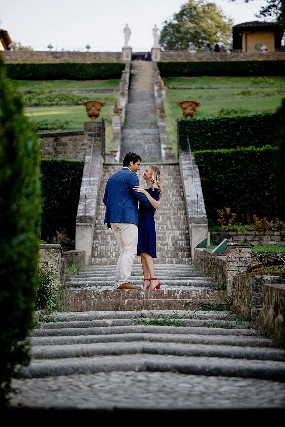 VILLA BARDINI COUPLE PORTRAIT IN FLORENCE CITY OF LOVE :: Luxury wedding photography - 6