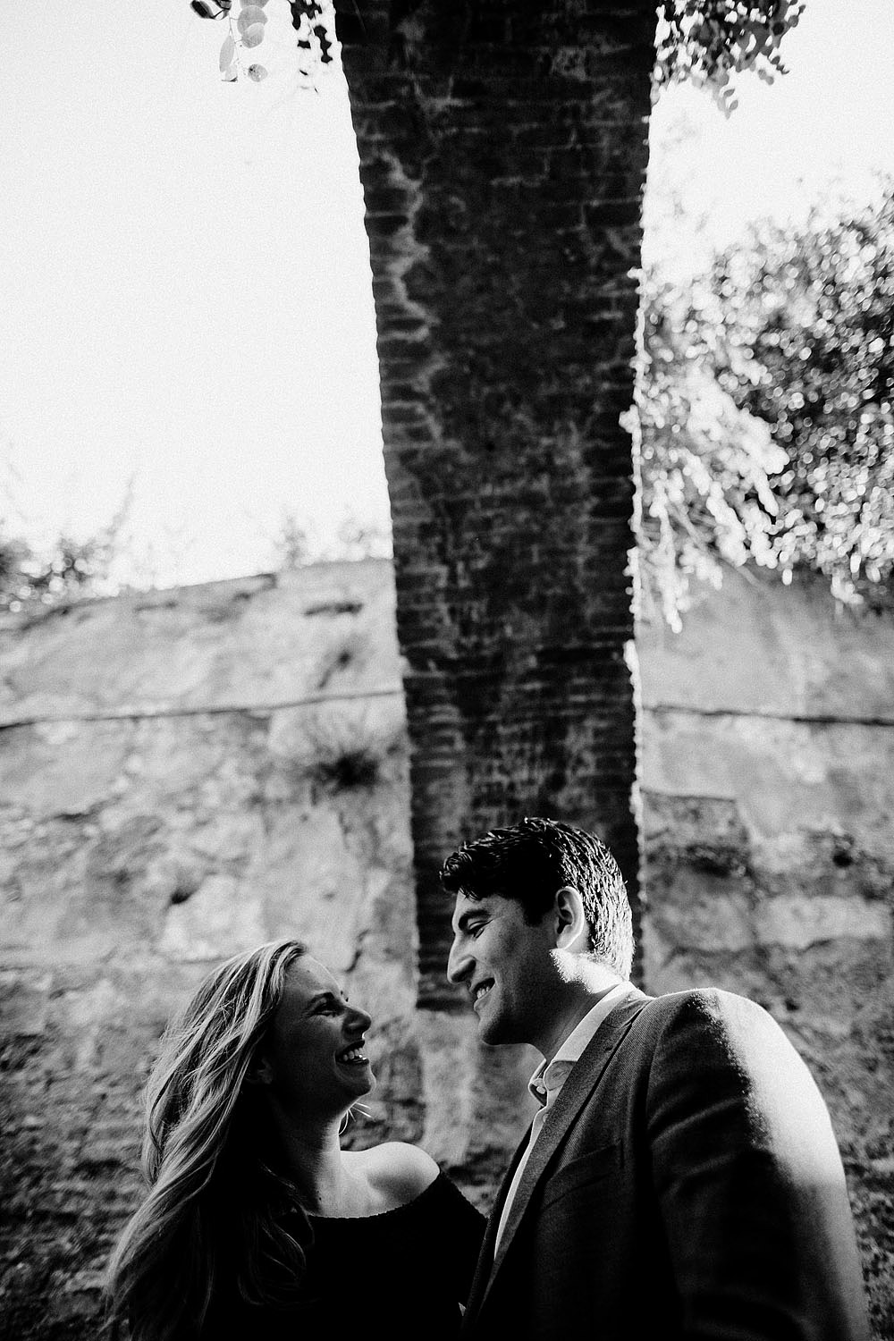 VILLA BARDINI COUPLE PORTRAIT IN FLORENCE CITY OF LOVE :: Luxury wedding photography - 10