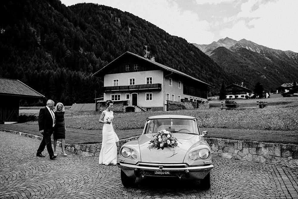 NOVACELLA WEDDING IN SOUTH TYROL DREAM LOCATION :: Luxury wedding photography - 18
