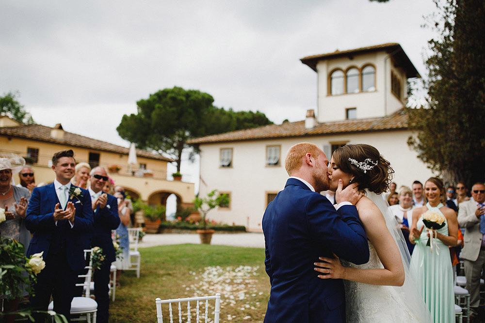 TENUTA DI STICCIANO MATRIMONIO NEL CUORE DEL CHIANTI :: Luxury wedding photography - 30