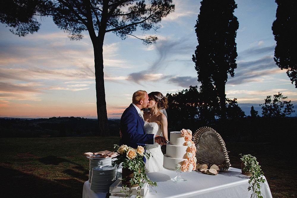 TENUTA DI STICCIANO MATRIMONIO NEL CUORE DEL CHIANTI :: Luxury wedding photography - 49