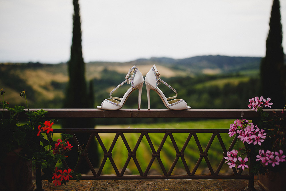 TENUTA DI STICCIANO WEDDING IN THE HEART OF CHIANTI :: Luxury wedding photography - 1