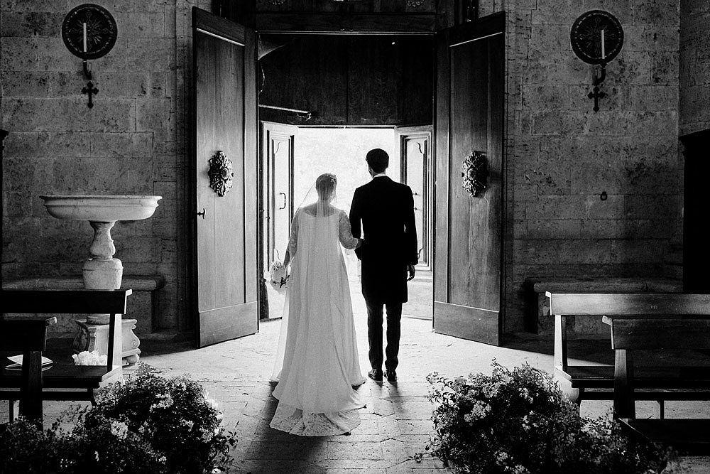 MONTEPULCIANO WEDDING IN THE TUSCAN COUNTRYSIDE :: Luxury wedding photography - 32