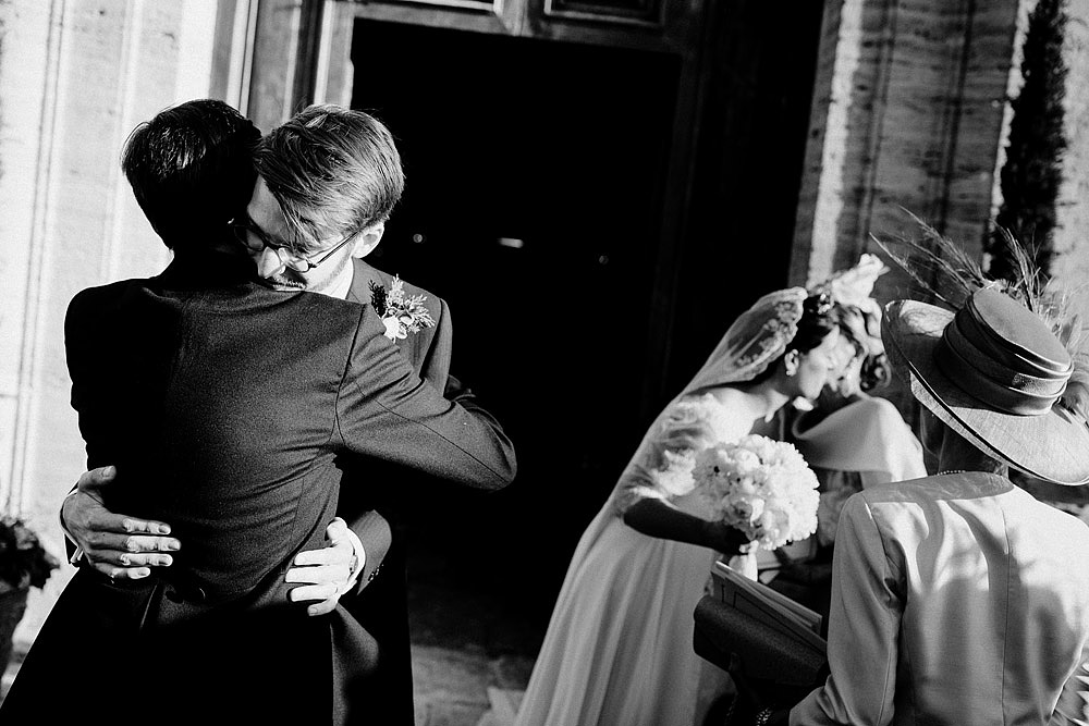 MONTEPULCIANO WEDDING IN THE TUSCAN COUNTRYSIDE :: Luxury wedding photography - 34
