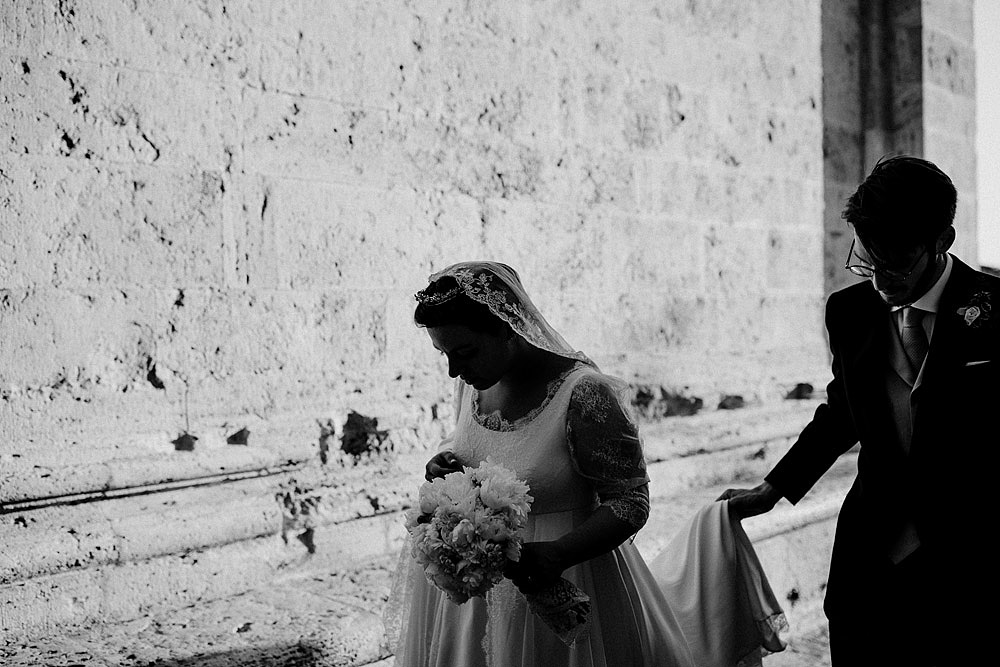 MONTEPULCIANO WEDDING IN THE TUSCAN COUNTRYSIDE :: Luxury wedding photography - 37