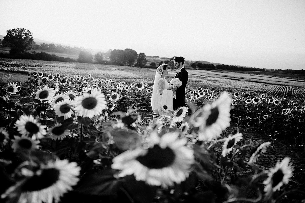 MONTEPULCIANO WEDDING IN THE TUSCAN COUNTRYSIDE :: Luxury wedding photography - 38
