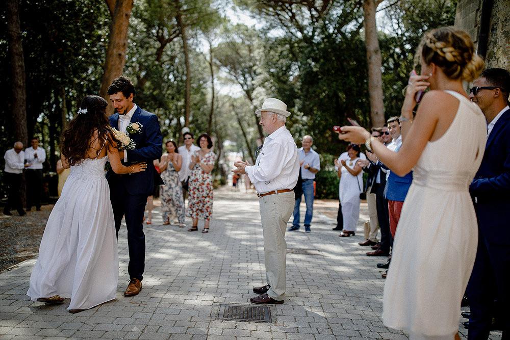 ROSIGNANO MARITTIMO MATRIMONIO AL CASTELLO PASQUINI :: Luxury wedding photography - 2