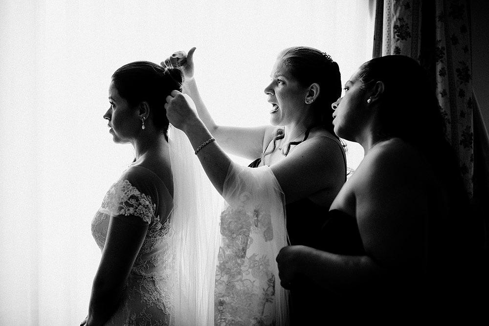 Stylish Wedding at Castello Vincigliata   Florence Italy :: Luxury wedding photography - 17