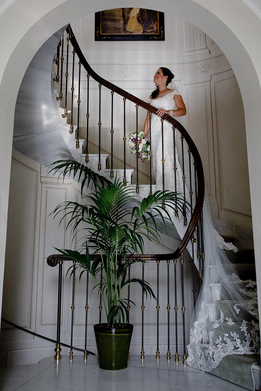 Stylish Wedding at Castello Vincigliata   Florence Italy :: Luxury wedding photography - 22