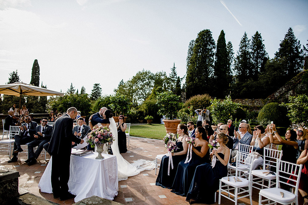 Stylish Wedding at Castello Vincigliata | Florence Italy :: Luxury wedding photography - 31